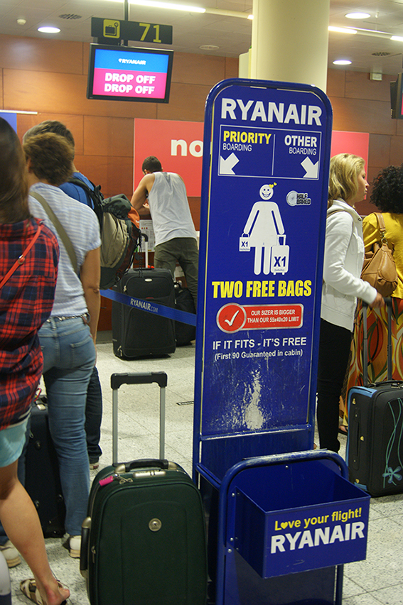 ryanair-drop-off