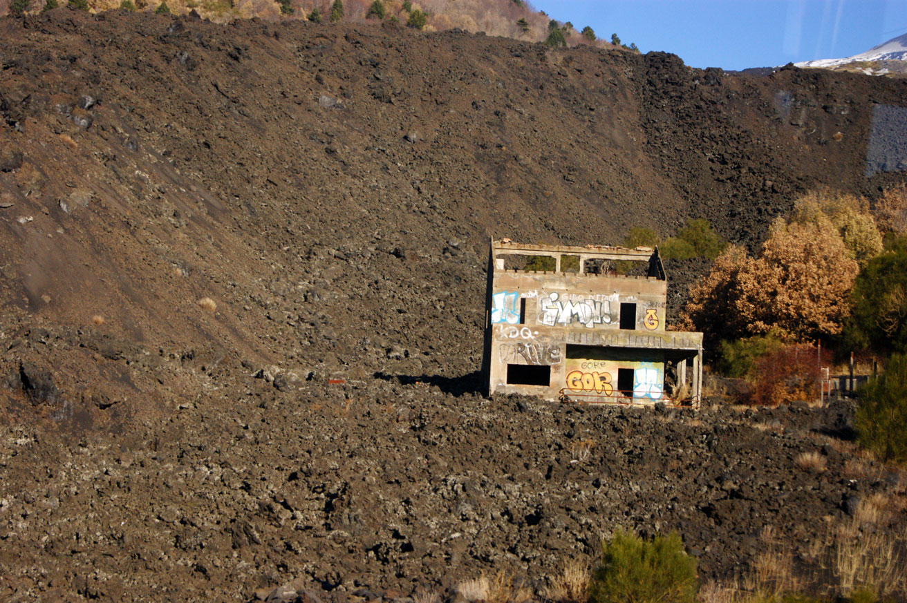 Дорога на вулкан Этна