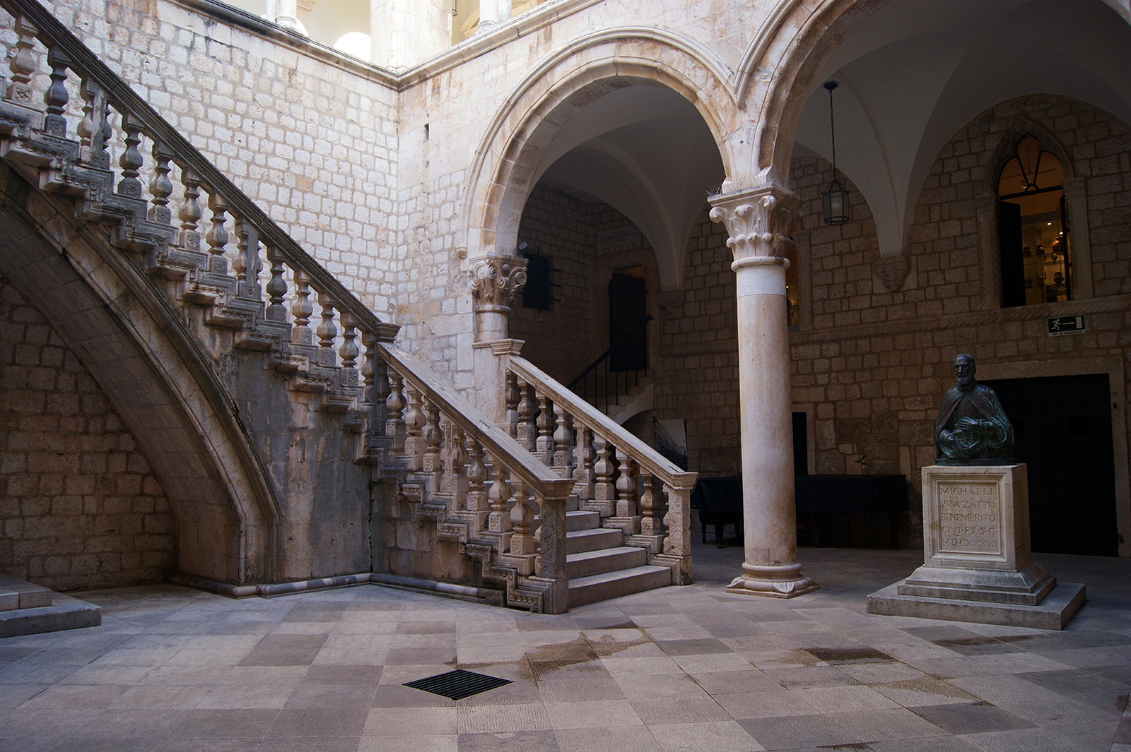 Rector's-Palace-2