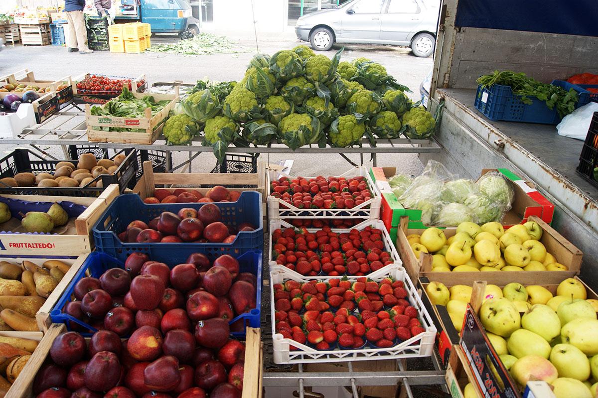 Овощи-и-фрукты-Сицилия