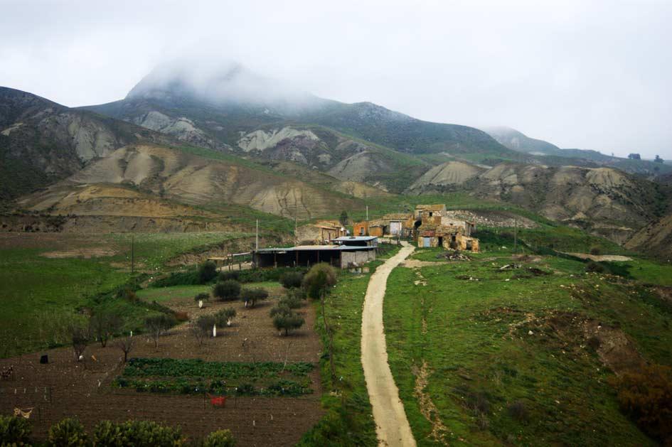 дом в горах сицилии фермеры