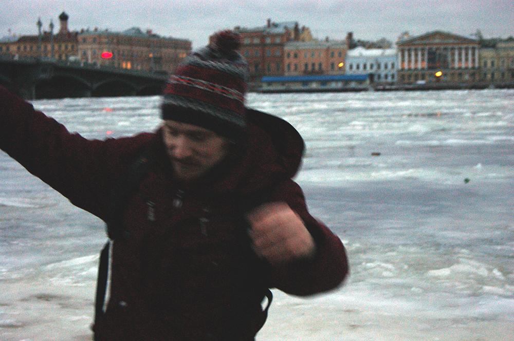 Лед тронулся на Неве