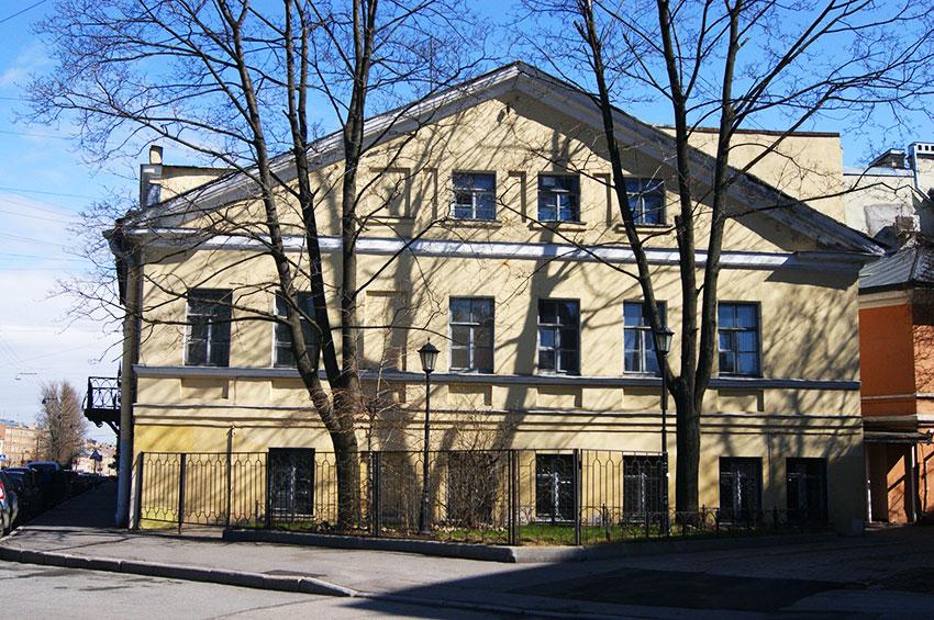 #дом-в-котором-жил-Пушкин